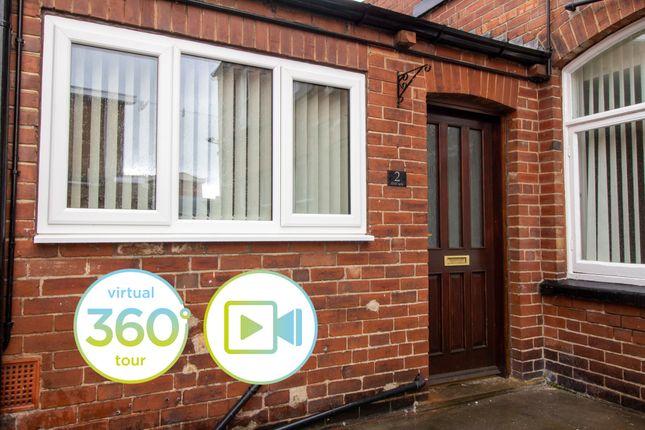 2 bed flat to rent in Micklegate, Pontefract WF8