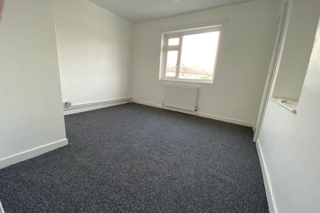 Thumbnail Property to rent in Coronation Road, Frome, Somerset