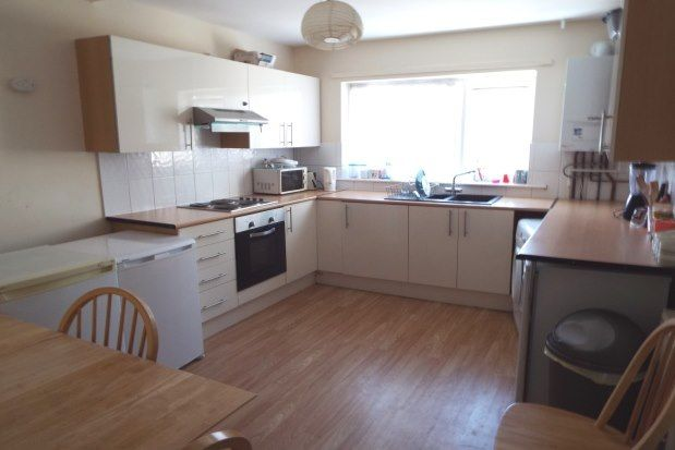 Thumbnail Property to rent in Great Southsea Street, Southsea