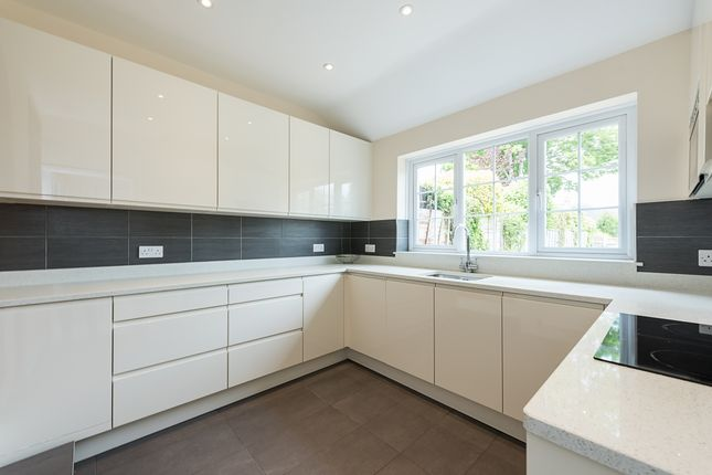 Thumbnail Property to rent in Lea Road, Harpenden, Hertfordshire