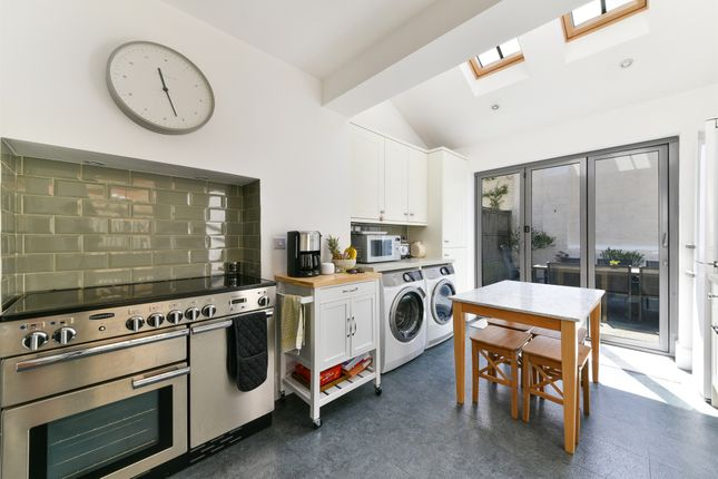 Thumbnail Terraced house for sale in Sheen Road, Richmond