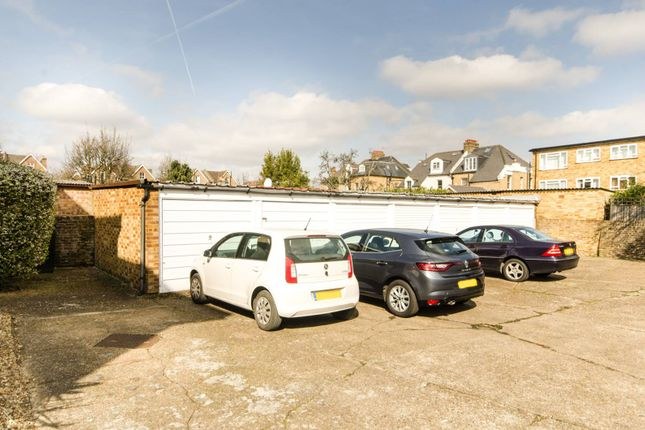 Parking/garage to rent in South Park Road, Wimbledon