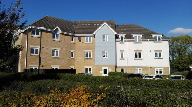 Thumbnail Flat for sale in Sherwood Avenue, Larkfield, Aylesford