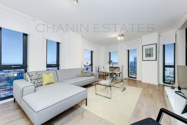 Thumbnail Flat for sale in Manhattan Plaza, Canary Wharf, London