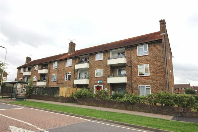 Flat for sale in Aycliffe Road, Borehamwood