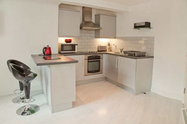 Thumbnail Flat to rent in Swan Street, Lincoln