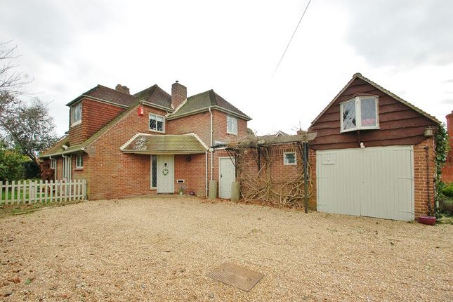 Thumbnail Detached house for sale in Grays Close, Alverstoke, Gosport