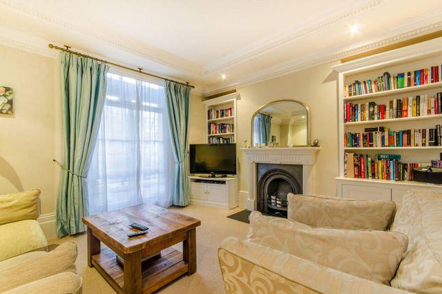Thumbnail Maisonette to rent in Halliford Street, Islington