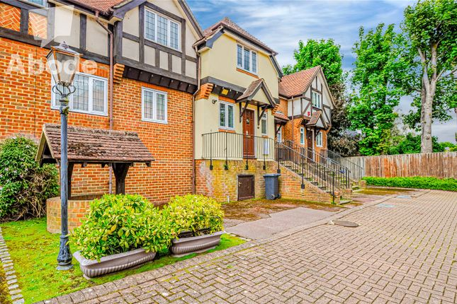 Thumbnail Semi-detached house to rent in Lower Cookham Road, Maidenhead, Berkshire