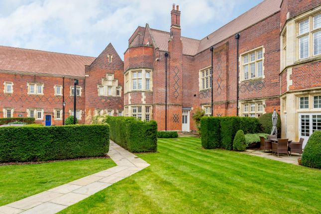 Thumbnail Flat for sale in Brunswick Court, The Galleries, Brentwood