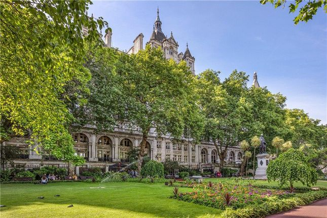 Flat for sale in Whitehall Court, London