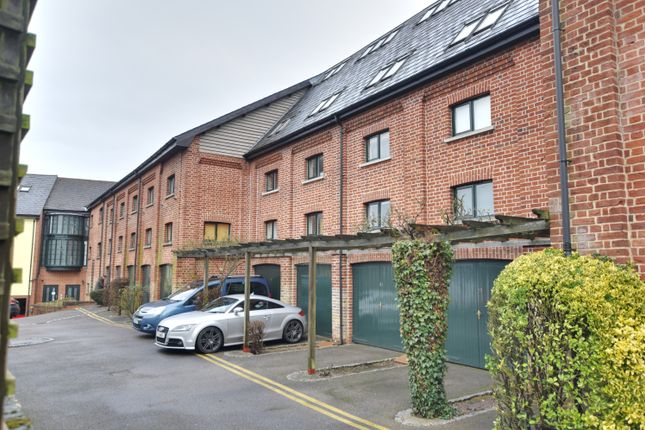 Thumbnail Flat to rent in Percival Court, Stansted Road, Bishop's Stortford