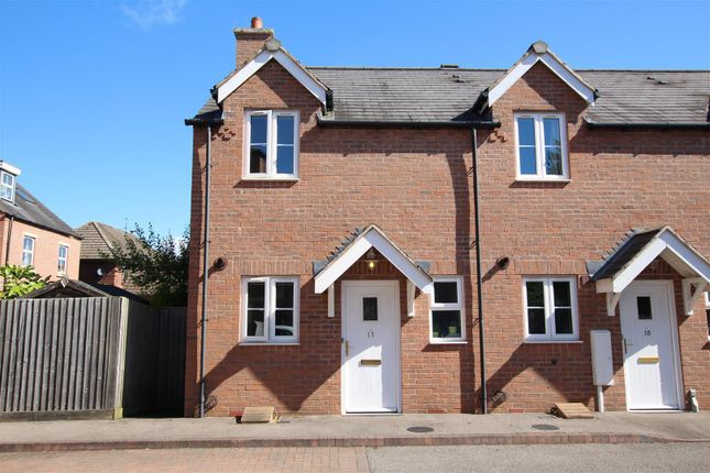 Thumbnail Town house for sale in Lillington Road, Leamington Spa