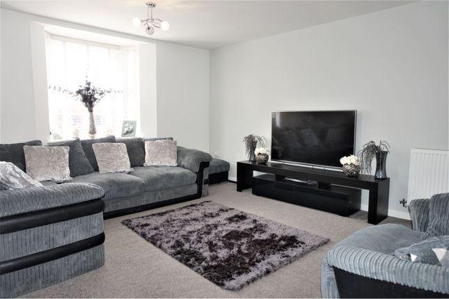 Living Room of Aginhills Drive, Taunton TA2