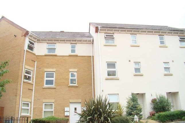 Thumbnail Flat to rent in Diana Road, Chatham