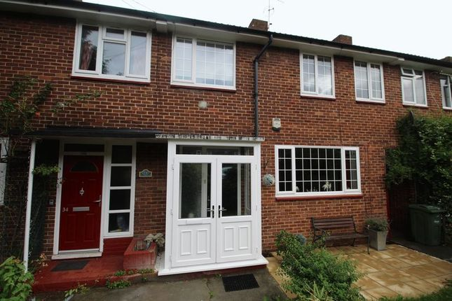 Thumbnail Property to rent in Truslove Road, London