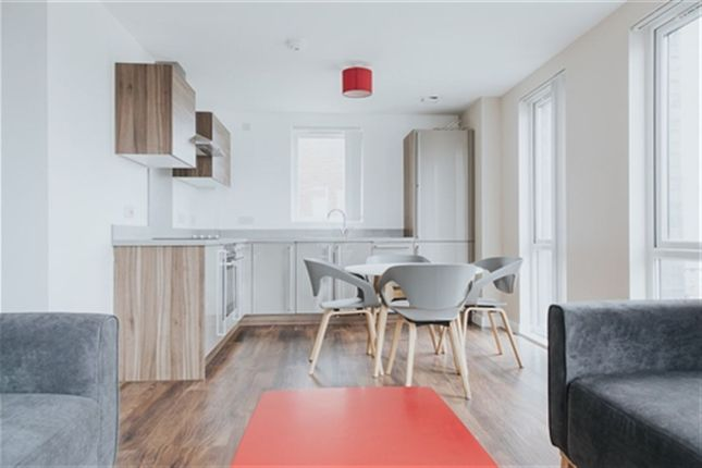 Thumbnail Flat to rent in The Riverside, Derwent Street, Salford