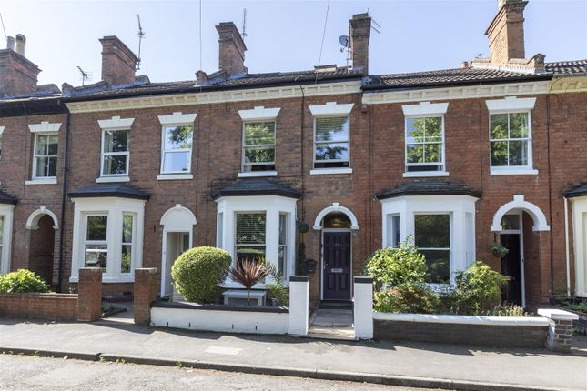 4 bed terraced house for sale in Guys Cliffe Terrace, Warwick