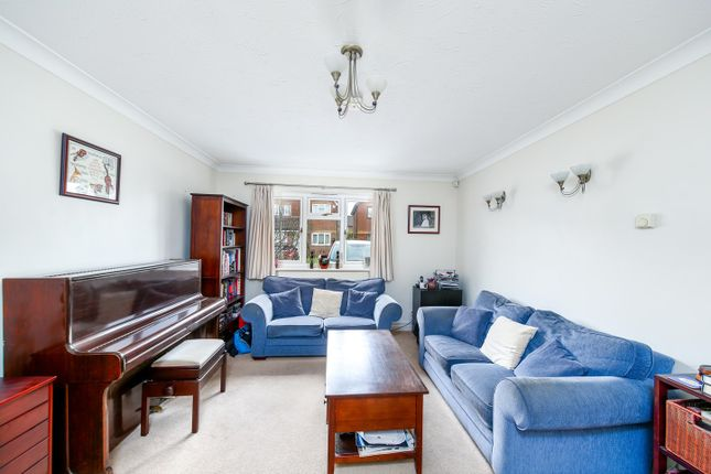 Living Room of Heron Drive, Bicester OX26
