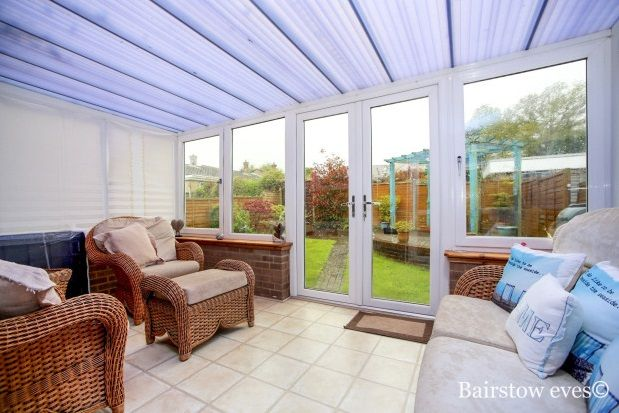 Thumbnail Bungalow to rent in Springholm Close, Biggin Hill, Westerham