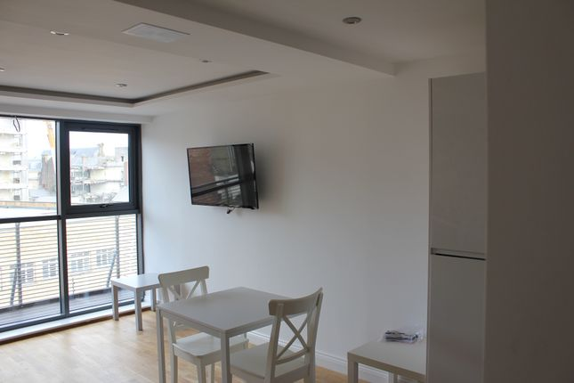 Thumbnail Flat to rent in Clayton Street, Newcastle Upon Tyne