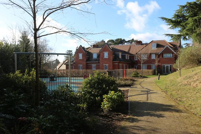 Thumbnail Flat for sale in Sandy Lane, Woking