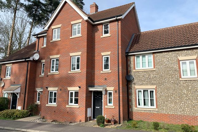 Thumbnail Town house to rent in Evergreen Way, Mildenhall, Bury St. Edmunds