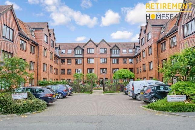 Thumbnail Flat for sale in Rosebery Court, Leighton Buzzard