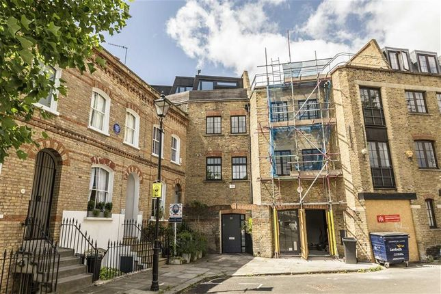 Thumbnail Flat to rent in Bowden Street, London