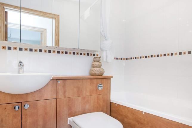 Bathroom of Silver Birch Wynd, Port Glasgow, Inverclyde PA14