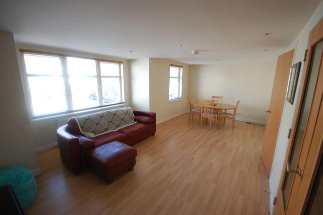 Thumbnail Penthouse to rent in Polmuir Road, Ferryhill, Aberdeen