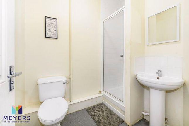 Flat for sale in 15 Holdenhurst Road, Bournemouth