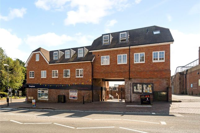Thumbnail Flat for sale in 2 Hampden Place, Station Approach, Great Missenden, Buckinghamshire