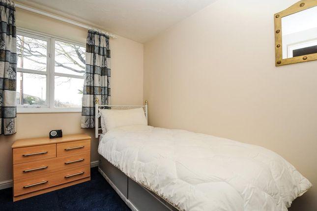 Bedroom of Richmond Avenue, Thatcham RG19
