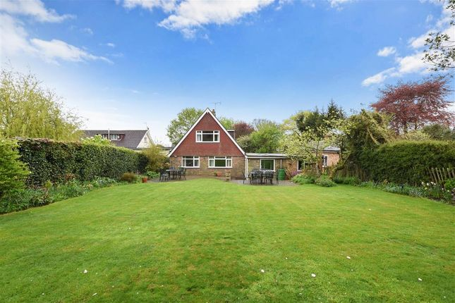 Thumbnail Detached bungalow for sale in Church Lane, Trottiscliffe, West Malling, Kent