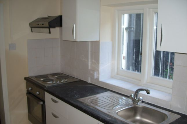 Thumbnail Duplex to rent in High Town Road, Luton