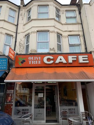Thumbnail Restaurant/cafe for sale in High Road, Finchley, London