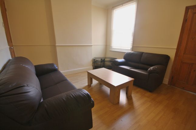 Thumbnail Terraced house to rent in Barclay Street, West End, Leicester