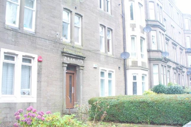 2 bed flat to rent in Baxter Park Terrace, Dundee