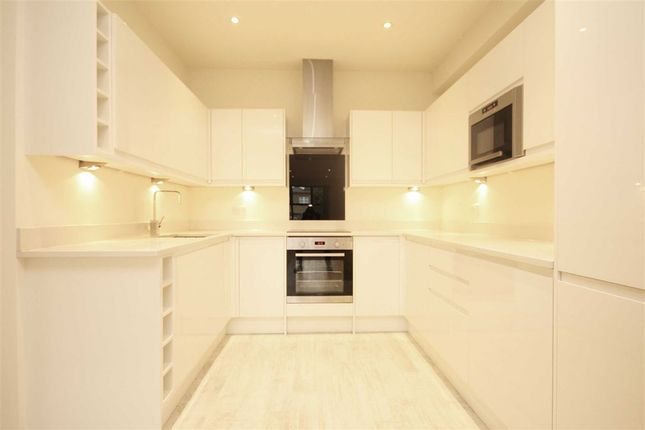 Thumbnail Flat to rent in High Street, Hampton Hill, Hampton