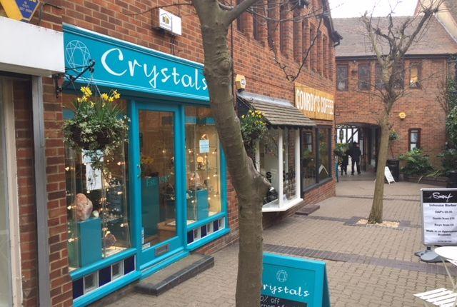 Thumbnail Retail premises to let in 4 Shrieves Walk, Off Sheep Street, Stratford Upon Avon