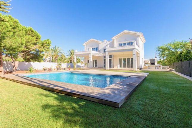Thumbnail Villa for sale in Villa, Cabo Roig, Alicante