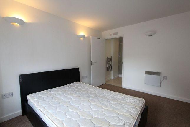 Thumbnail Flat to rent in Bemerton Street, London