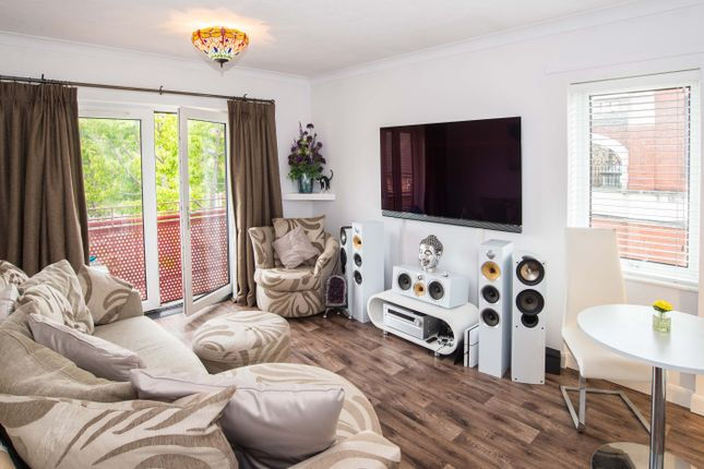Plumstead High St Plumstead Se18 1 Bedroom Flat For Sale 43918668 Primelocation