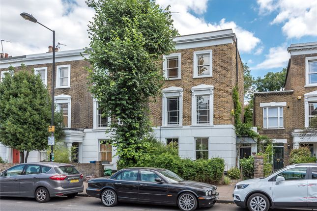 Thumbnail End terrace house for sale in Southgate Road, Islington, London