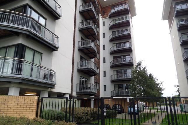 Thumbnail Terraced house to rent in Victoria Wharf, Watkiss Way, Cardiffhttp://Www.Cedarlet.Co.uk/Agent/Index.Php