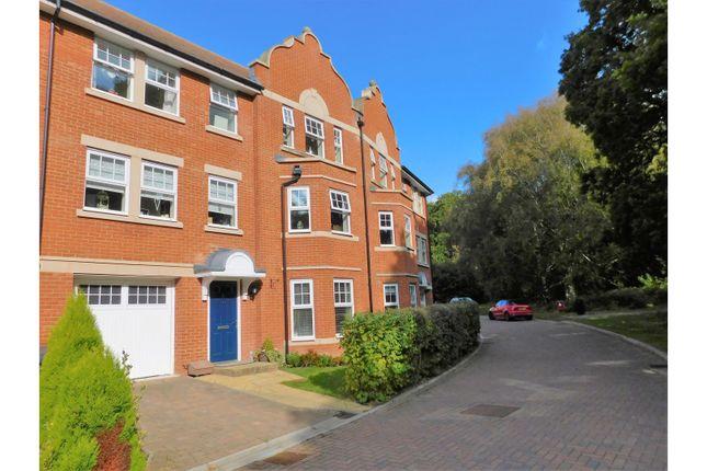 Thumbnail Town house for sale in Goldring Avenue, Hailsham