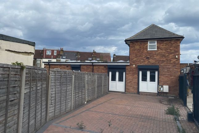 Thumbnail Warehouse to let in The Broadway, Southall