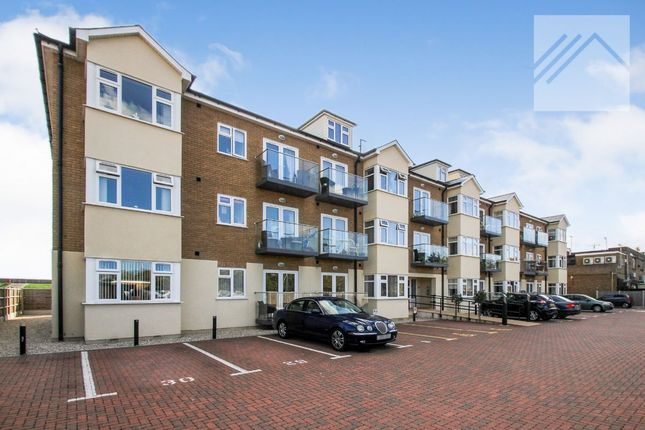 Thumbnail Flat to rent in Eastern Esplanade, Canvey Island