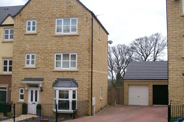 Thumbnail Town house to rent in Queensgate, Consett